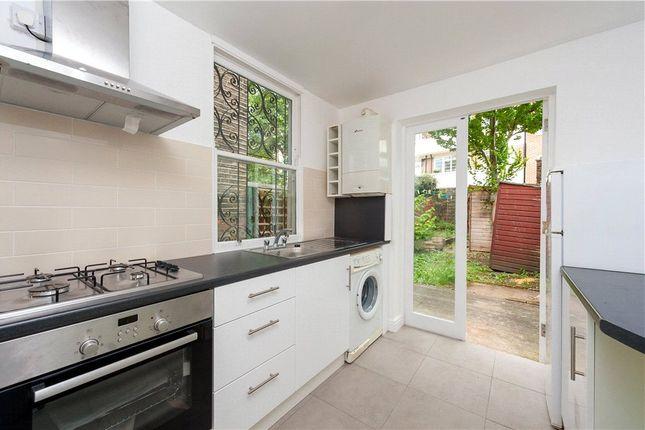 Picture No. 08 of Cephas Avenue, Stepney Green, London E1