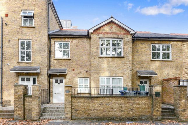 Thumbnail Terraced house for sale in Freeland Road, Ealing