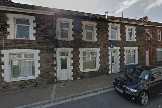 4 bed terraced house to rent in Queen Street, Treforest, Pontypridd