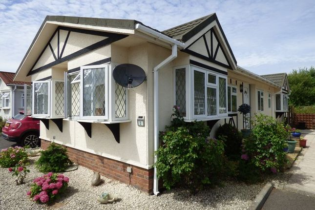 Thumbnail Mobile Park Home For Sale In Langley Common Road Barkham Wokingham