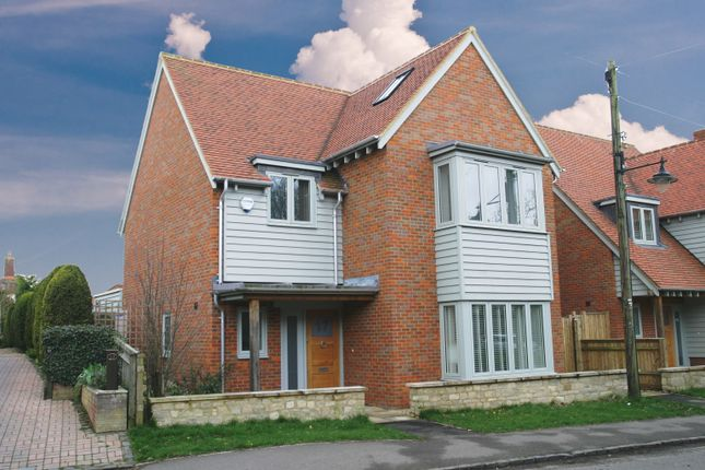 Thumbnail Property for sale in Bicester Road, Aylesbury