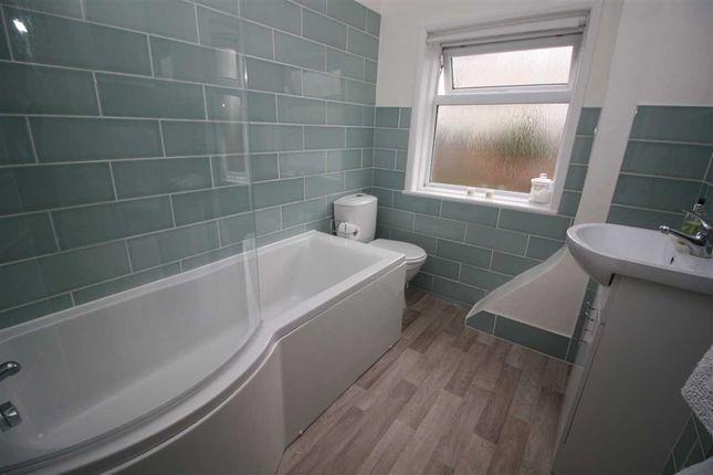 Bathroom of Ann Street, Ipswich IP1