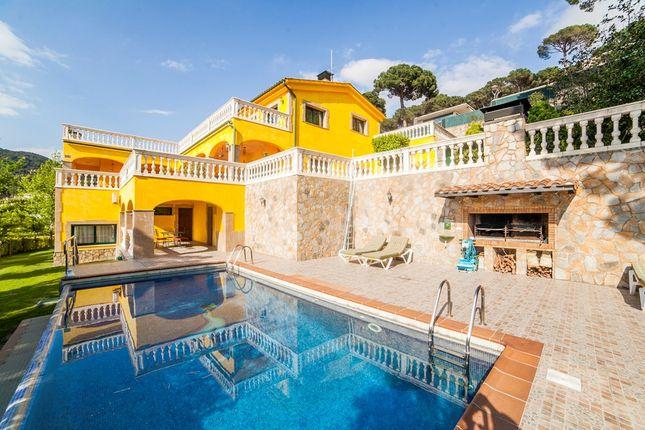 4 bed property for sale in C/. La Vinya, Cabrils, Catalonia, 08348, Spain