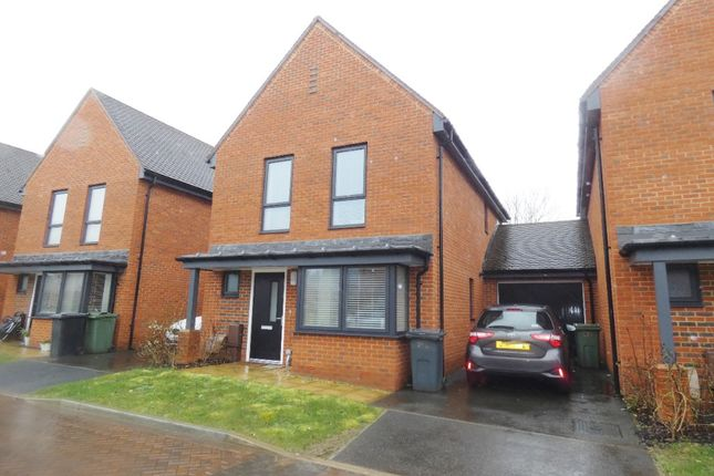 Thumbnail Detached house to rent in Brook Close, Swanmore