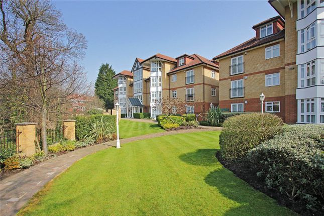 Picture No. 22 of Riverside Gardens, Finchley, London N3