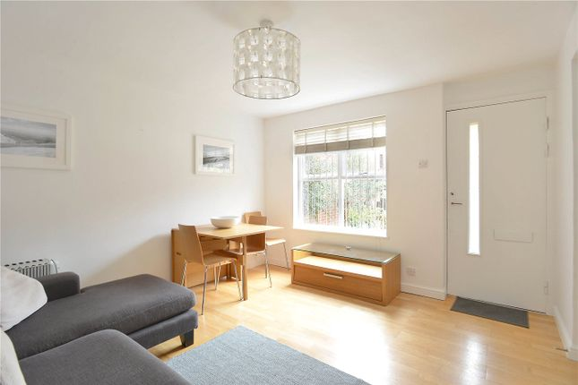 Thumbnail Terraced house to rent in Grovelands Close, Camberwell, London
