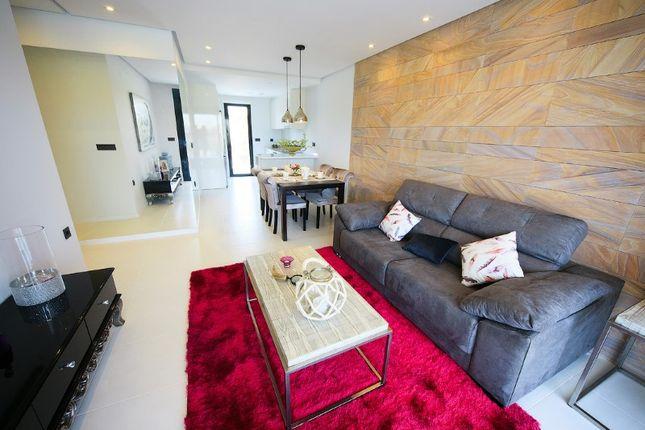 3 bed apartment for sale in Avenida De Holanda 17, 1º Vivienda Num 111, Orihuela, Alicante