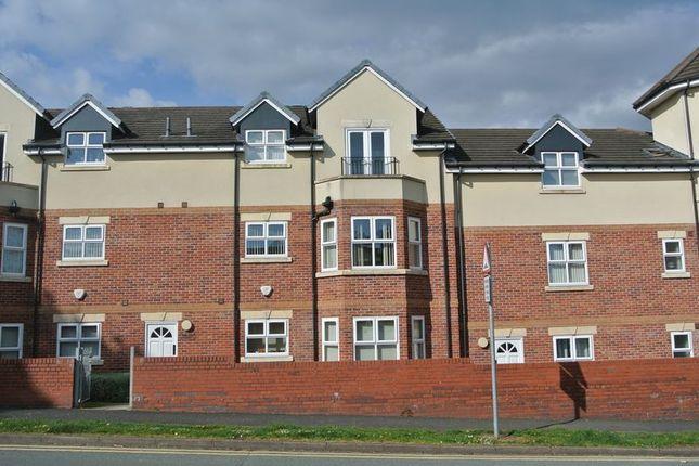 Thumbnail Flat for sale in Balmoral Court, Dawey, Telford, Shropshire.