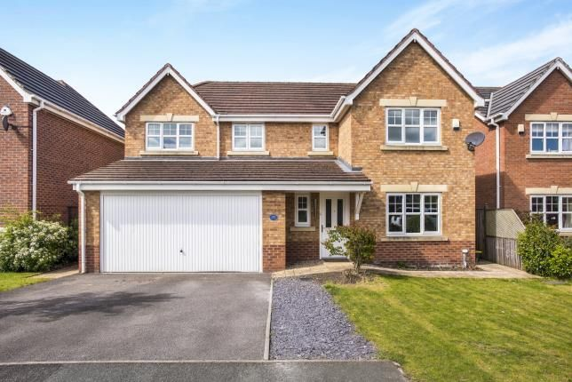 4 bed detached house for sale in Parish Gardens, Leyland, Lancashire