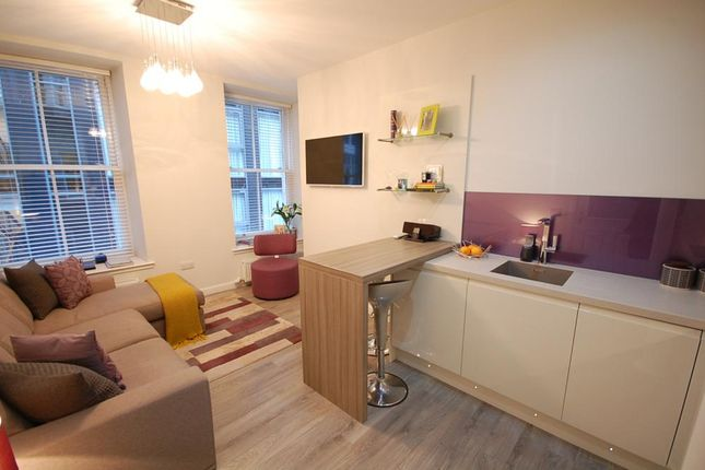 Lounge Pic 3 of Netherkirkgate, Aberdeen AB10