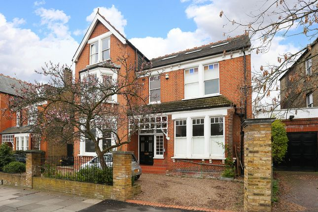 Thumbnail Flat to rent in Elms Road, Clapham