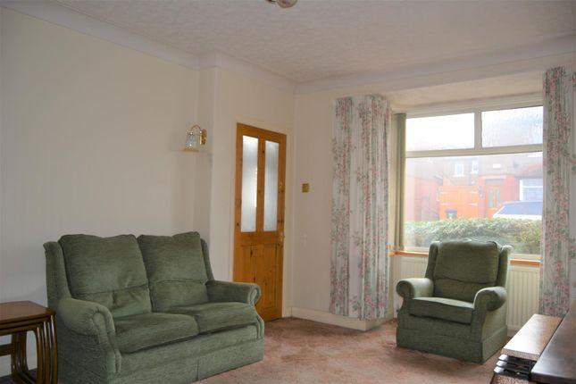 Lounge of Stanley Road, Ainley Top, Huddersfield HD3