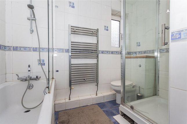 Bathrooms of Butler Road, Crowthorne, Berkshire RG45