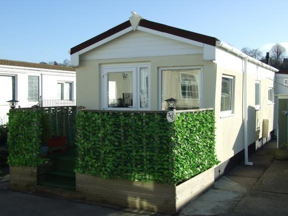 Thumbnail Property for sale in Oak Avenue, Radcliffe-On-Trent, Nottingham