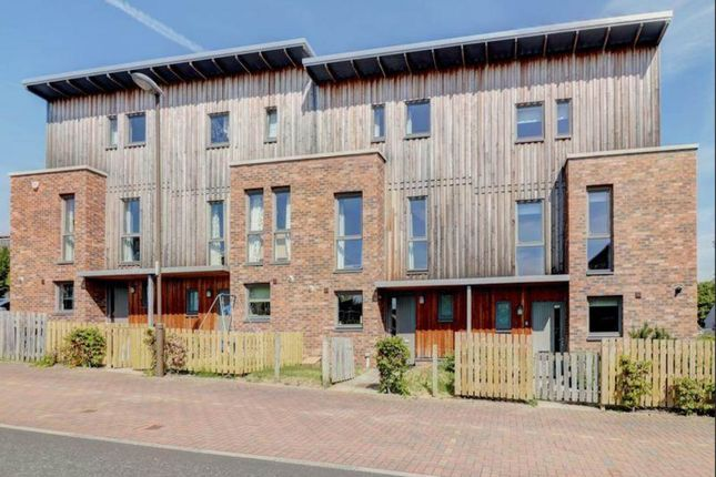 Thumbnail Flat to rent in Lang Rigg, South Queensferry, Edinburgh