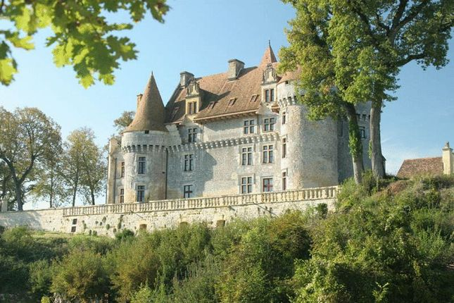 Thumbnail Property for sale in Magical Medieval Chateau, Extensive Estate Of Ten Cottages, Dordogne