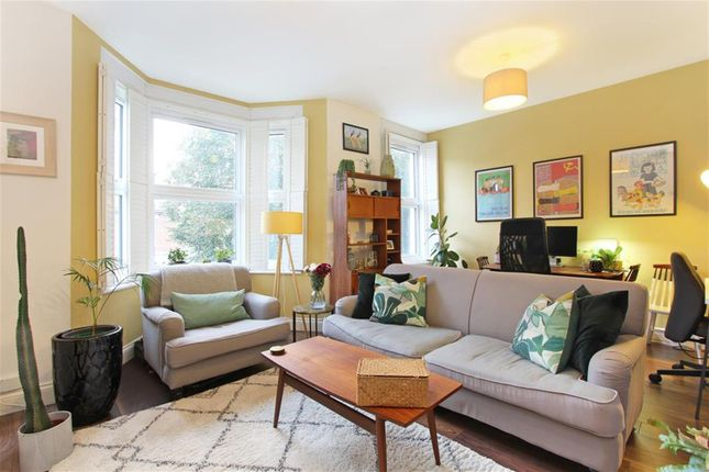 1 bed flat for sale in Herne Hill Road, London SE24
