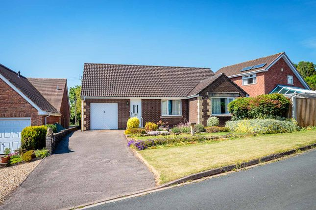 2 bed detached bungalow to rent in Orchard Close, Aylburton, Lydney GL15