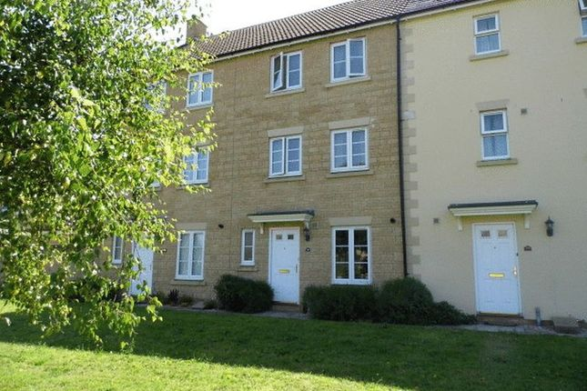 Thumbnail Terraced house to rent in Stickleback Road, Calne