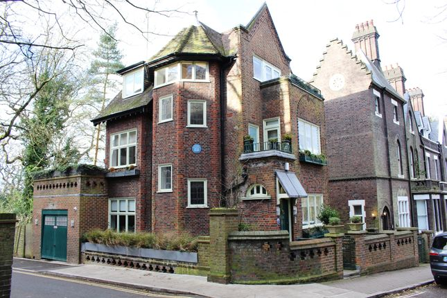 5 bed detached house for sale in Branch Hill, Hampstead