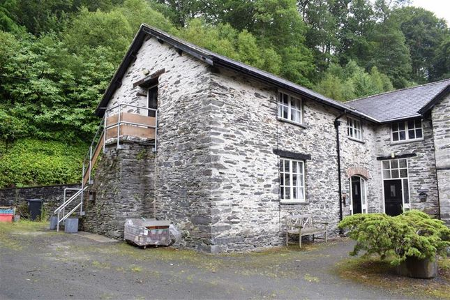 Thumbnail Flat for sale in The Hayloft, Llwyngwern, Pantperthog, Machynlleth, Powys
