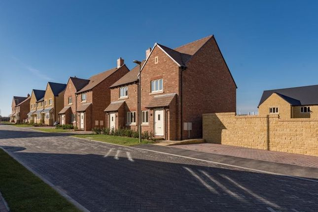 2 bed semi-detached house for sale in Kensington, Hanborough Gate, Long Hanborough, Witney, Oxfordshire OX29