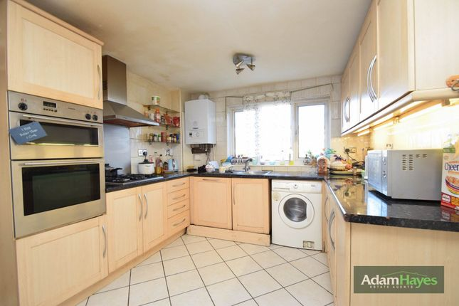 Thumbnail Terraced house for sale in The Mead, East Finchley