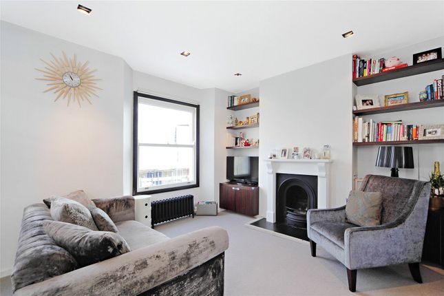 Living Room of Broughton Road, London SW6