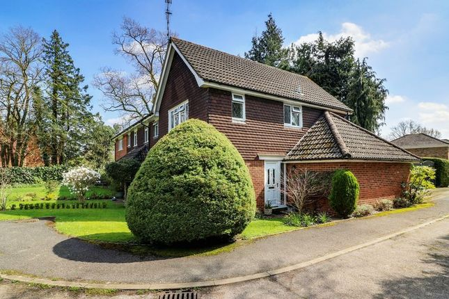 Thumbnail End terrace house for sale in Newark Road, Windlesham