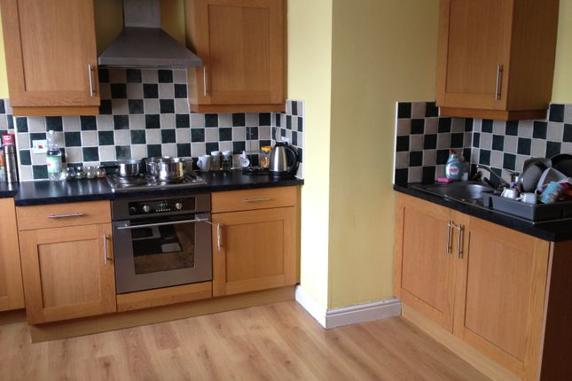 Thumbnail Flat to rent in Fosse Road South, Westend, Leicester