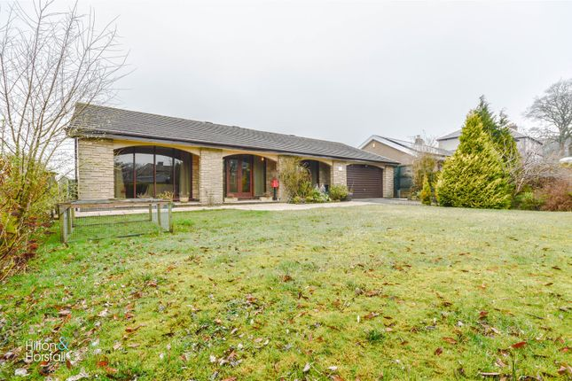 Thumbnail Bungalow for sale in Skipton Old Road, Laneshawbridge, Colne
