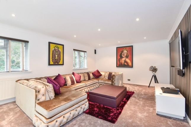Thumbnail Detached house for sale in London Road, Camberley