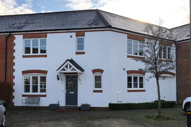 Thumbnail Terraced house for sale in Collingwood Way, Petersfield