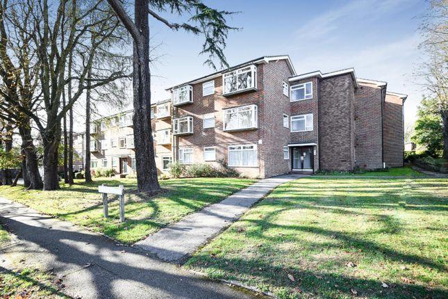 Thumbnail Flat to rent in Nightingale Court, Nightingale Road, Rickmansworth, Hertfordshire