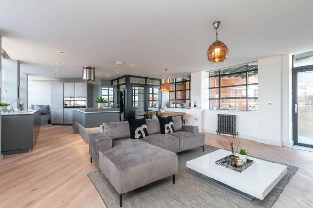 Thumbnail Flat to rent in Queensway House, 57 Livery Street