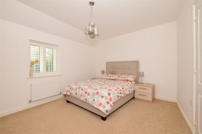 Bedroom 1 of The Burrows, Ashford, Kent TN23