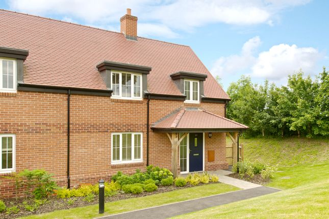 Thumbnail Cottage for sale in 37 Polo Drive, Cawston, Rugby, Warwickshire