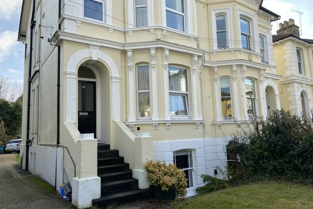 1 bed property to rent in Upper Grosvenor Road, Tunbridge Wells, Kent TN1