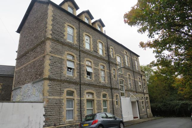 Thumbnail Flat for sale in Lower Holmes Street, Barry