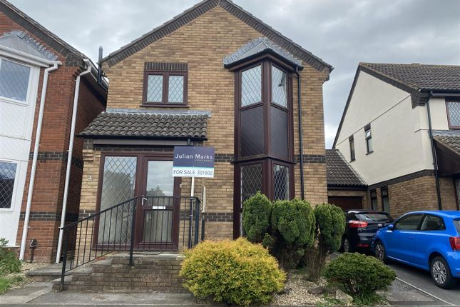 3 bed detached house for sale in Gilbert Court, Plympton, Plymouth PL7