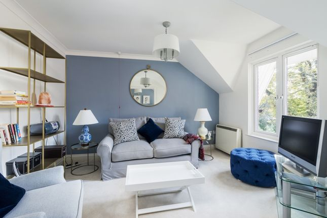 Thumbnail Flat for sale in Dulwich Mead, Herne Hill
