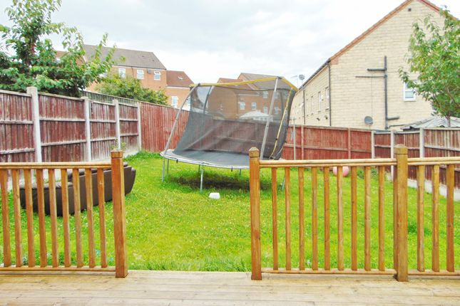 Thumbnail Semi-detached house to rent in Poplars Road, Barnsley
