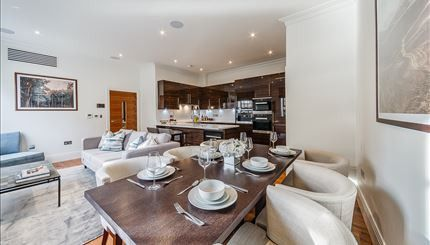 Thumbnail Flat to rent in Palace Wharf Apartments, Hammersmith, London