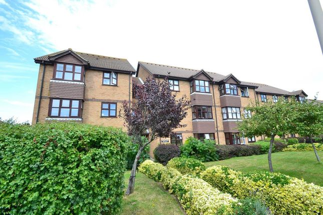 Flat for sale in Snowdon Close, Eastbourne