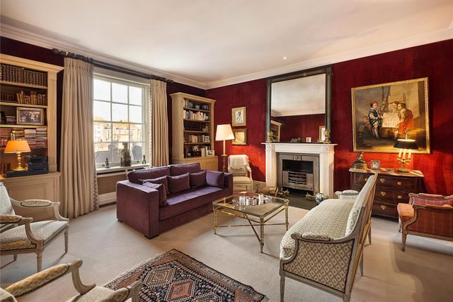 Thumbnail Maisonette for sale in Warwick Square, Pimlico, London