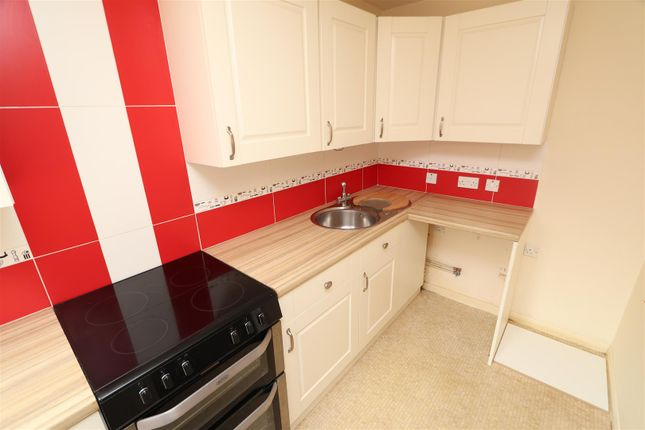 Kitchen (2) of Ladywell Close, Stretton, Burton-On-Trent DE13
