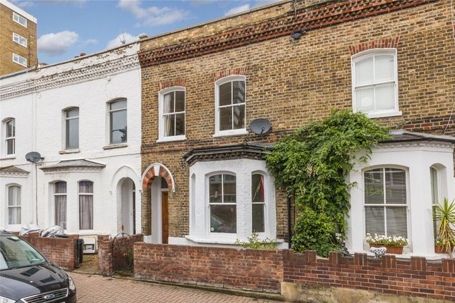 3 bed property for sale in Shuttleworth Road, Battersea, London