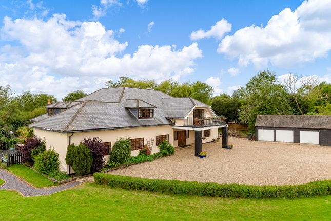 Thumbnail Detached house for sale in Perrywood Lane, Watton At Stone, Hertford