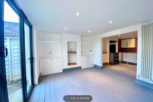 3 bed terraced house to rent in Coleman Street, Brighton BN2