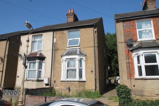 4 bed semi-detached house to rent in Lindsay Avenue, High Wycombe HP12